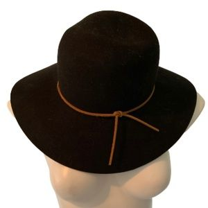 NWT Phenix Round Crown Floppy Wool And Leather Hat